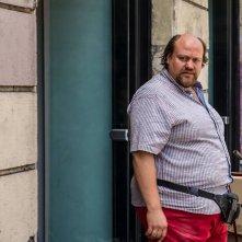 Noi e la Giulia: Stefano Fresi in una scena del film
