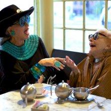 Advanced Style: Ari Cohen con Ilona Smithkin in una scena del documentario