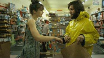 The Repairman: Daniele Savoca in una scena della commedia con Hannah Croft