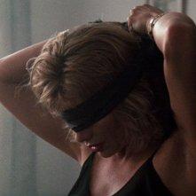 Kim Basinger è Elizabeth in Nove settimane e mezzo