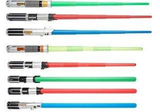 Il set di lightsaber giocattolo prodotto dalla Hasbro