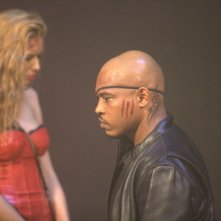 Motel: Rebecca Da Costa insieme a Sticky Fingaz in una scena del film