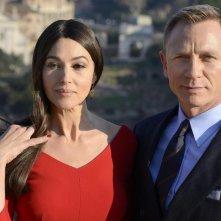 Spectre: Monica Bellucci e Daniel Craig posano per i fotografi a Roma