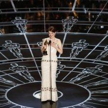 Oscars 2015 - Julianne Moore sul palco per ritirare la statuetta per Still Alice