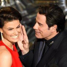 Idina Menzel e John Travolta sul palco degli Oscar 2015