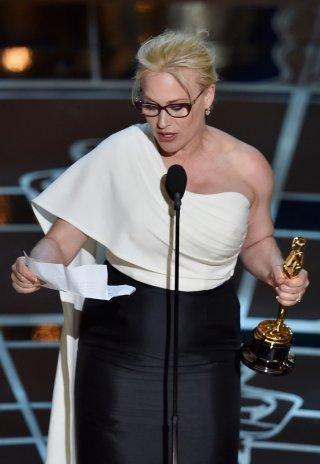Patricia Arquette agli Oscar 2015 premiata per Boyhood