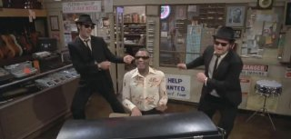 The Blues Brothers: una scena con Dan Aycroyd e John Belushi