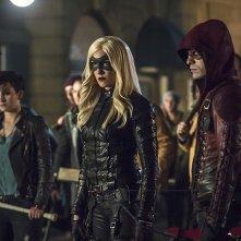 Arrow: Bex Taylor-Klaus, Katie Cassidy e Colton Haynes in Uprising