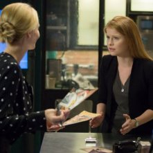 Backstrom: le attrici Beatrice Rosen e Genevieve Angelson in Takes One to Know One