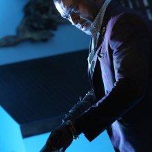 Constantine: l'attore Michael James Shaw in una scena di Waiting for the Man