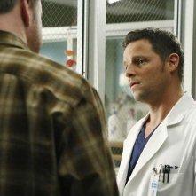 Grey's Anatomy: Justin Chambers in una scena della puntata All I Could Do Was Cry