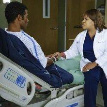 Grey's Anatomy: l'attrice Chandra Wilson in una scena dell'episodio The Great Pretender