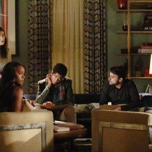 How To Get Away With Murder: Karla Souza, Aja Naomi King, Alfred Enoch e Jack Falahee in Best Christmas Ever