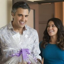 Jane the Virgin: Jaime Camil e Gina Rodriguez in Chapter Twelve