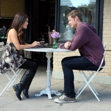 Pretty Little Liars: Lucy Hale e Brandon Jones in una scena dell'episodio Pretty Isn't The Point