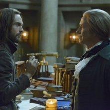 Sleepy Hollow: Tom Mison e Steven Weber nell'episodio What Lies Beneath