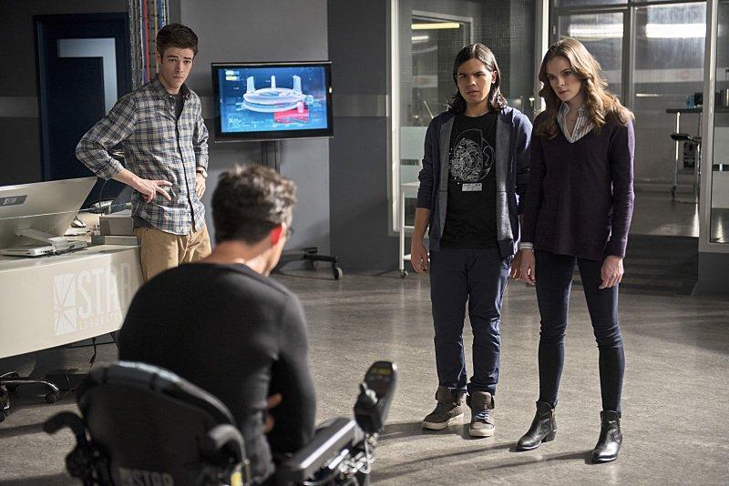 The Flash Season 1 Episode 13 Barry Harrison Cisco Caitlin