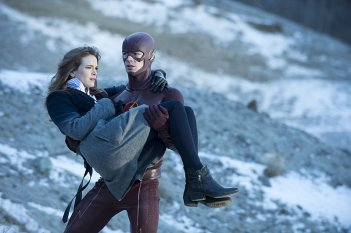 The Flash: Danielle Panabaker e Grant Gustin nella puntata The Nuclear Man