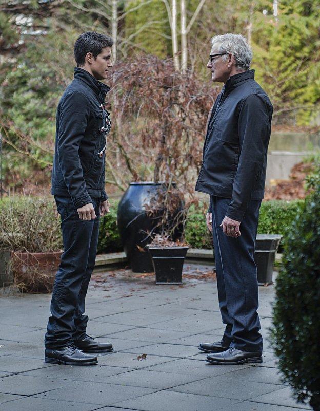 The Flash Season 1 Episode 14 Ronnie Dr Stein