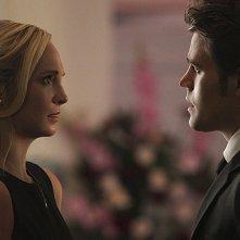The Vampire Diaries: Candice Accola e Paul Wesley interpretano Caroline e Stefan in Let Her Go