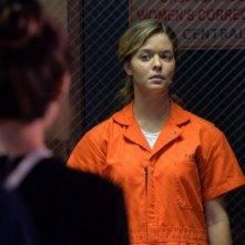 Pretty Little Liars: l'attrice Sasha Pieterse in una scena di Bloody Hell