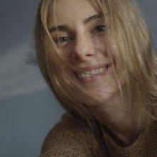 Io sono Mateusz: Katarzyna Zawadzka è Magda in un primo piano tratto dal film