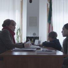 Cloro: Sara Serraiocco con Anatol Sassi e Piera Degli Esposti in una scena