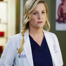 Grey's Anatomy: Jessica Capshaw interpreta Arizona Robbins nell'episodio Staring at the End