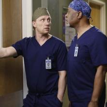 Grey's Anatomy: Kevin McKidd e James Pickens Jr. nell'episodio The Distance