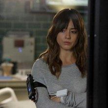 Agents of S.H.I.E.L.D.: l'attrice Chloe Bennet in una scena dell'episodio Aftershocks