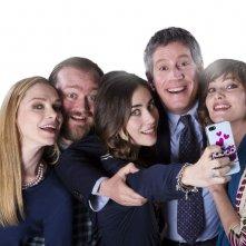 La prima volta di mia figlia: Riccardo Rossi, Anna Foglietta, Stefano Fresi, Fabrizia Sacchi e Benedetta Gargari in una foto promozionale