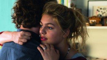 La famiglia Belier: Louane Emera con Ilian Bergala in una scena del film