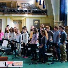 La famiglia Belier: Eric Elmosnino dirige il suo coro in una scena