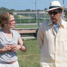 Tempo instabile con probabili schiarite: John Turturro con Carolina Crescentini in una scena