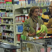 La solita commedia - Inferno: Fabrizio Biggio e Francesco Mandelli sono due clienti di un supermercato in una scena del film