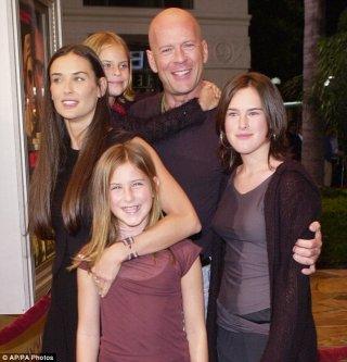 Demi Moore e Bruce Willis con le loro tre figlie