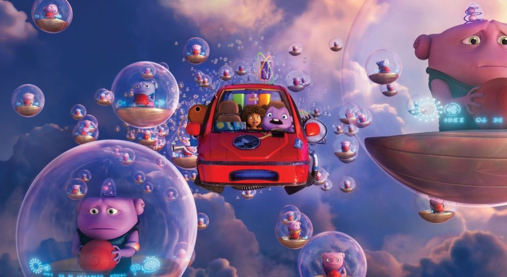 Home - A casa: la piccola Oh con i suoi amici alieni in una scena del film d'animazione targato Dreamworks