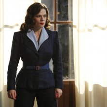Agent Carter: la protagonista Hayley Atwell nell'episodio Valediction