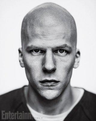 Batman v Superman: la prima foto di Jesse Eisenberg nel ruolo di Lex Luthor