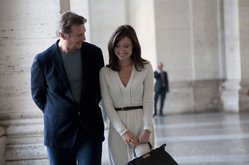 Third Person: Liam Neeson e Olivia Wilde in una scena del film
