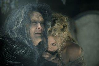 Into the Woods: Meryl Streep in una scena insieme a Mackenzie Mauzy