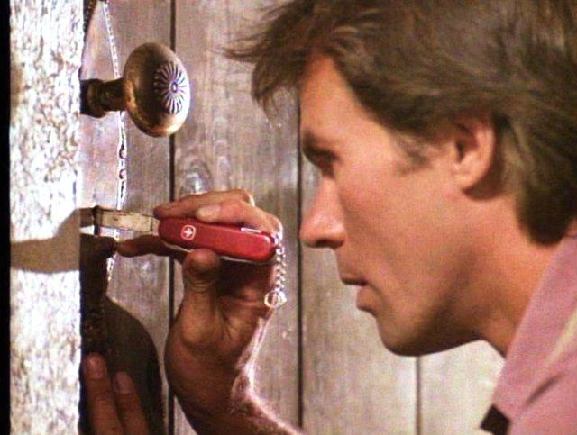 MacGyver: Richard Dean Anderson in una scena della serie