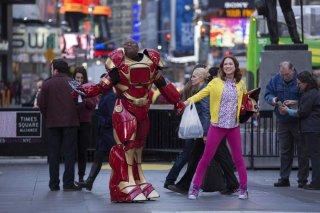 Unbreakable Kimmy Schmidt: Titus e Kimmy in una scena tratta dagli episodi dello show targato Netflix
