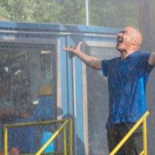 Tempo instabile con probabili schiarite: Luca Zingaretti in un'immagine del film