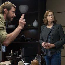 Humandroid: Hugh Jackman con Sigourney Weaver in una scena
