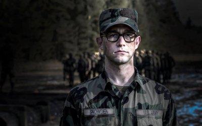 Snowden: Oliver Stone racconta l'uomo dietro lo schermo