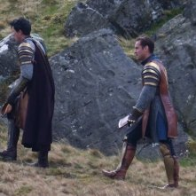 Knights of the Roundtable: King Arthur - Jude Law cammina per lo Snowdonia National Park