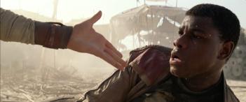 Star Wars: Episodio VII - Il risveglio della Forza: John Boyega in un momento del secondo teaser