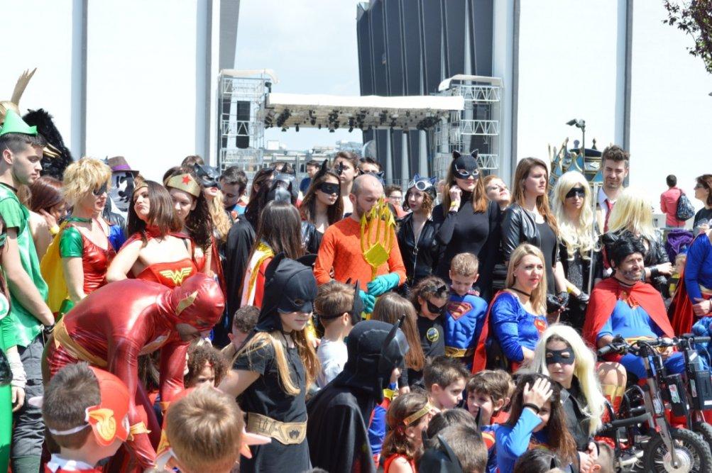 Una foto del DC Comics Superhero World Record a Roma