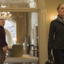 House of Cards: i protagonisti Kevin Spacey e Robin Wright nel finale della terza stagione